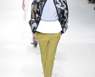 Bright, carefully structured and fabulous are the words that best describe Phillip Lim's spring 2014 collection featured at NYFW.