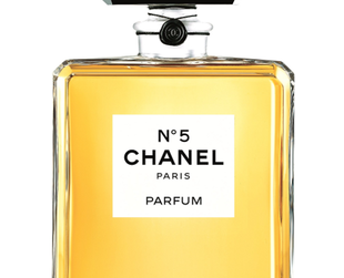 Chanel No 5 Eau Premiere the story of the new fragrance of the Chanel House. Find out about the concept of the modern version of the famous Chanel No 5.