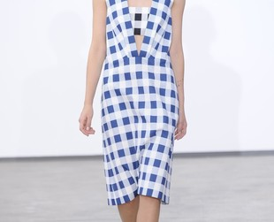 Minimalist tailoring with a vintage sporty feel are the characteristics of Derek Lam's spring 2014 fashion collection featured at NYFW.