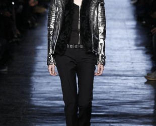 Mostly black ensembles with a chic yet commercial vibe were featured on the runway at Diesel Black Gold this fall 2014 season, so browse through the cool looking lineup, next!