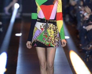 Colorful prints dominated Fausto Puglisi's fall 2014 lineup unveiled at Milan Fashion Week, so browse through the eye catching designs and draw inspiration for your new season styleover!
