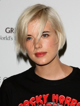Agyness Deyn Bob with Bangs Hairstyle