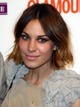 Alexa Chung Bob Hairstyle with Blonde Highlights