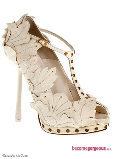 Alexander McQueen White Leather Pumps