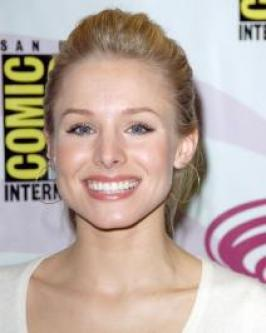 Kirsten Bell arrived to the 2012 People's Choice Awards with her blonde locks styled with low-key, tousled waves. To style, blow dry hair for smoothness then work through a texturizing paste for the tousled texture.