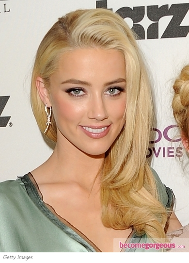 Amber Heard Glam Side-Swept Hairstyle