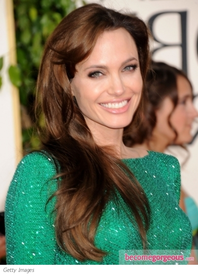 angelina jolie hairstyle 2011 golden globe awards