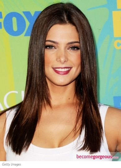 Ashley Greene Straight and Glossy Hairstyle