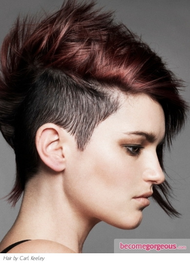 short hair with shaved side. Chic Undercut Short Hair Style