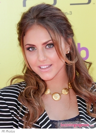 Cassie Scerbo Light Brown Half Up Style