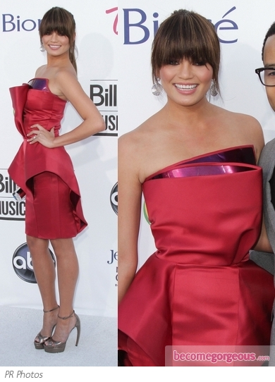 Chrissy Teigen in Georges Chakra Couture Dress