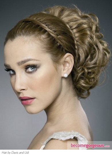 Gorgeous Grecian Goddess Hairstyle