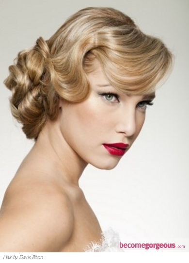 Pictures : Prom and Homecoming Hairstyles - Vintage Formal Updo