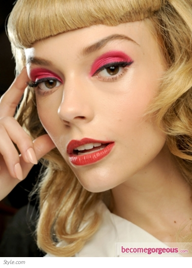 Bold Pink Eye Makeup