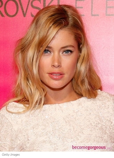 Doutzen Kroes Golden Blonde Waves