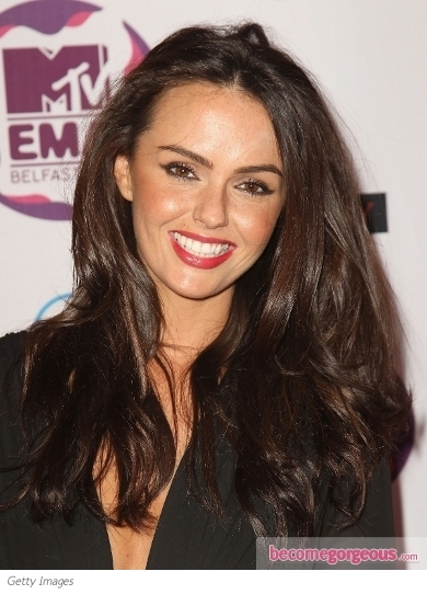Jennifer Metcalfe Loose Glossy Hairstyle at the 2011 EMA