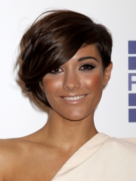 Frankie Sandford Short Asymmetric Hairstyle