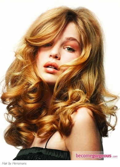 Loose Curly Hair Style