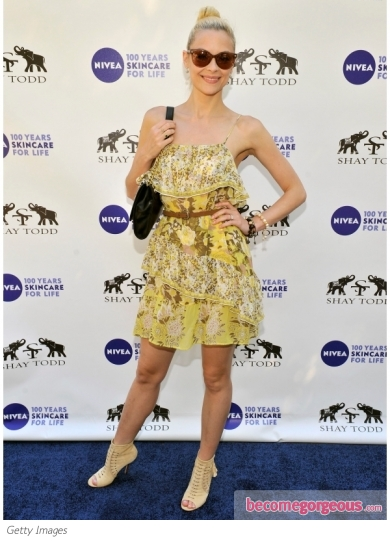 Jaime King in Floral Printed Summer Dress