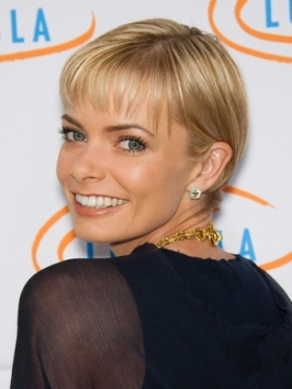 Jaime Pressly Short Crop Hairstyle