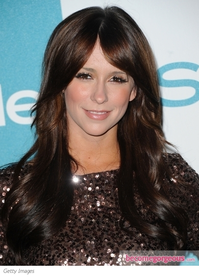 Jennifer Love Hewitt Long Layered Hairstyle