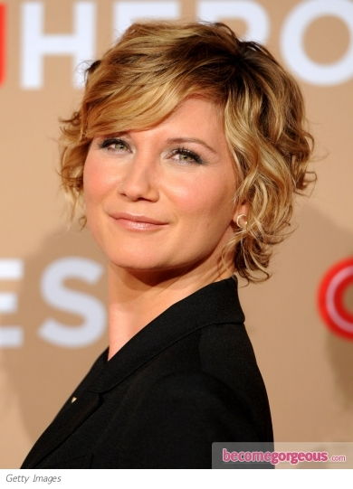 jennifer nettles wavy short hairstyle Who could resist these retro greeting cards .....they're a great idea for ...