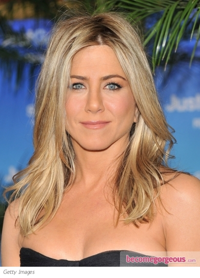 Jennifer Aniston Vanilla Blonde Hairstyle