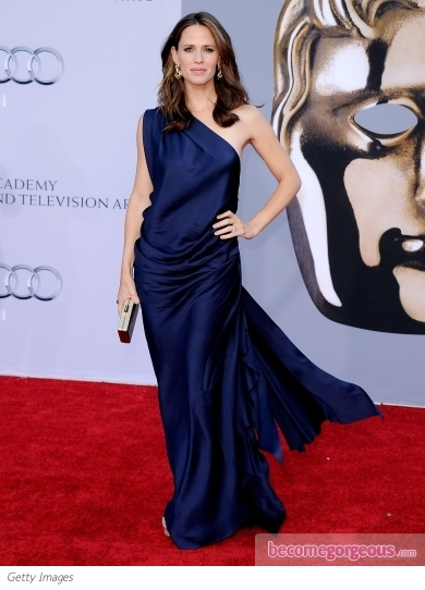Jennifer Garner in Blue One Shoulder Gown