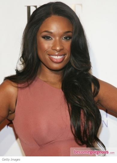 Jennifer Hudson Loose Wavy Hairstyle