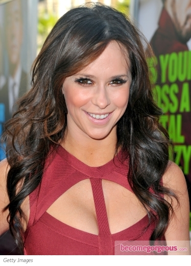 Jennifer Love Hewitt Loose Waves Hairstyle