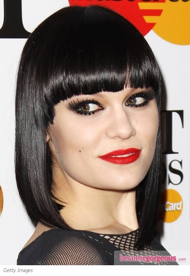 Jessie J Glam Smokey Eye Makeup