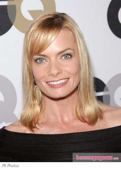 Jaime Pressly Long Bob with Bangs