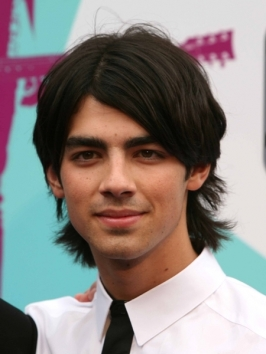 Joe Jonas' Shag Hairstyle