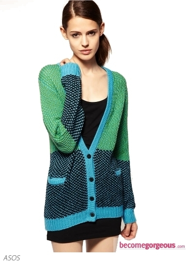 The oversized fit guarantees the popularity of this Blanket Wrap Cardigan With Woodland Creatures. Wear your chic coverup paired with a denim shirt or a plain white top.