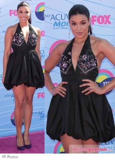 Lea Michele stole the show at the 2012 Teen Choice Awards. She showed off some skin in an Atelier Versace mini dress with intricate embroidery. Versace platform pumps finish off the look.