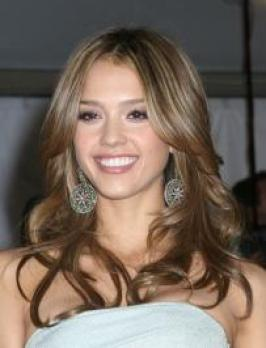 Jessica Alba with Glossy Curls Hairstyle