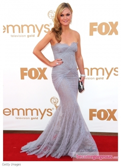 Julia Stiles in Georges Hobeika Couture Gown