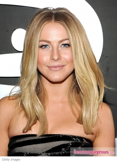 Julianne Hough's Hairstyle from the 2012 Grammy Awards