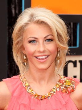 Julianne Hough's Loose Updo
