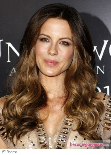Kate Beckinsale Glossy Waves Hairstyle