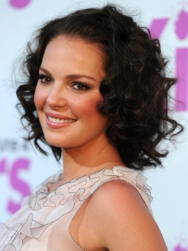 Katherine Heigl Curly Bob Hairstyle