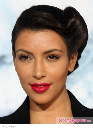 kim kardashian makeup looks. Kim Kardashian has chosen draw