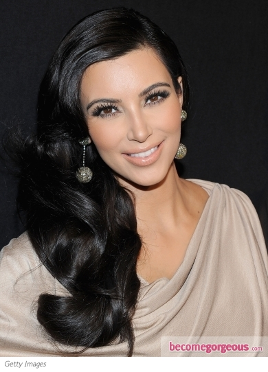 Kim Kardashian's Side Swept Hairstyle