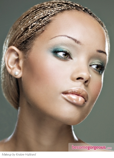 Two Tone Green Party Makeup