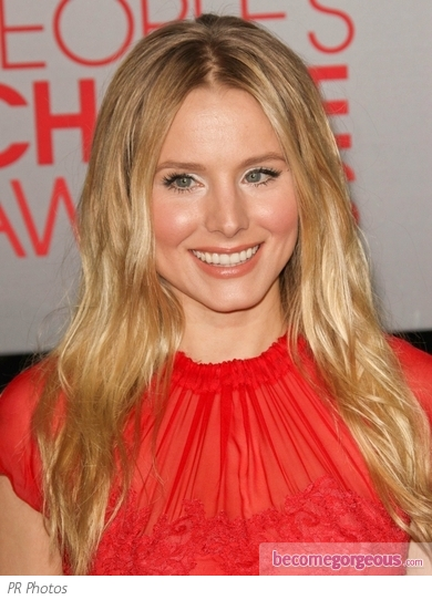 Kristen Bell Tousled Waves Hairstyle