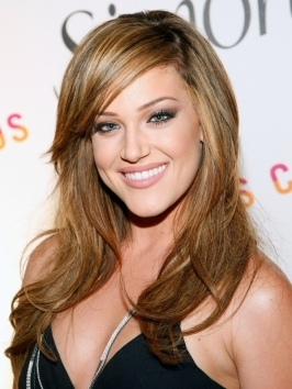 Lacey Schwimmer has decided the jump on the [link=http://www.hair.becomegorgeous.com/celebrity_hair/celebrity_ombre_hair_color_trend-4172.html title=Ombre Hair Color Trends]ombre hair[/link] bandwagon and ditched her platinum blonde locks for the ultra-popular two-tone hair trend.