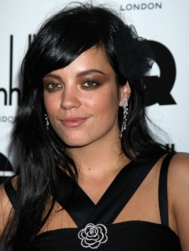 Lily Allen Long Brunette Hairstyle