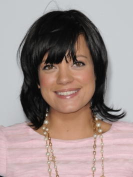Lily Allen's Medium Layered Hairstyle