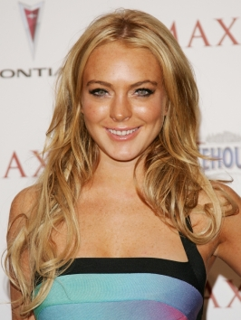Lindsay Lohan Long Blonde Hairstyle