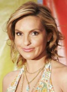 Mariska Hargitay with Curly Blonde Hairstyle